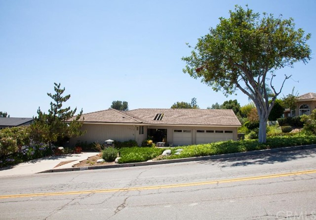 Single Family Home for Sale at 1519 North Acacia St 1519 Acacia Fullerton, California 92831 United States