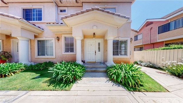 Detail Gallery Image 1 of 1 For 112 N Marengo Ave #C,  Alhambra,  CA 91801 - 2 Beds   2/1 Baths