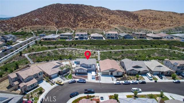 24927 Remington Court, Menifee CA: http://media.crmls.org/medias/0513f3e4-6878-4be2-b3ee-03d3cc9d54fd.jpg