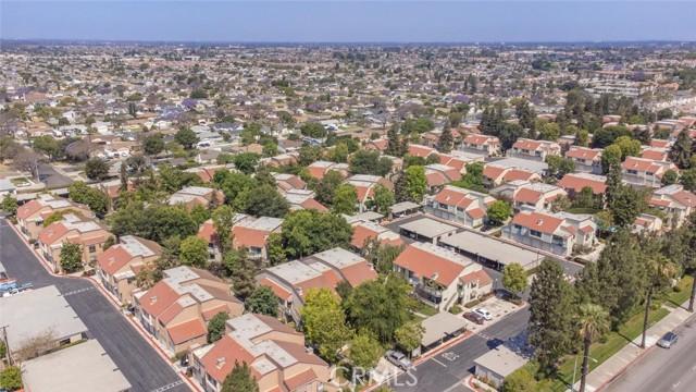 3525 W Stonepine Lane, Anaheim CA: http://media.crmls.org/medias/05238d95-56db-48c0-9cfa-f4cc57647b8f.jpg
