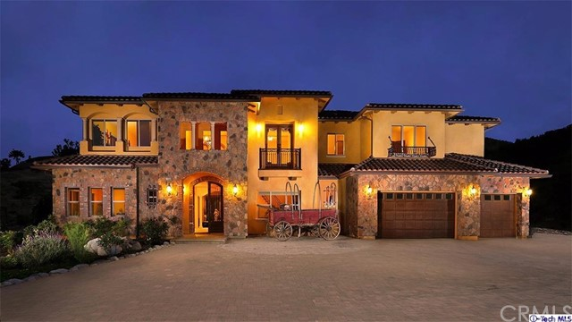 Single Family Home for Sale at 10580 Stallion Ranch Road W Shadow Hills, California 91040 United States