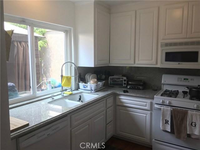 1677 E Carmel Circle Upland, CA 91784 - MLS #: CV18190592