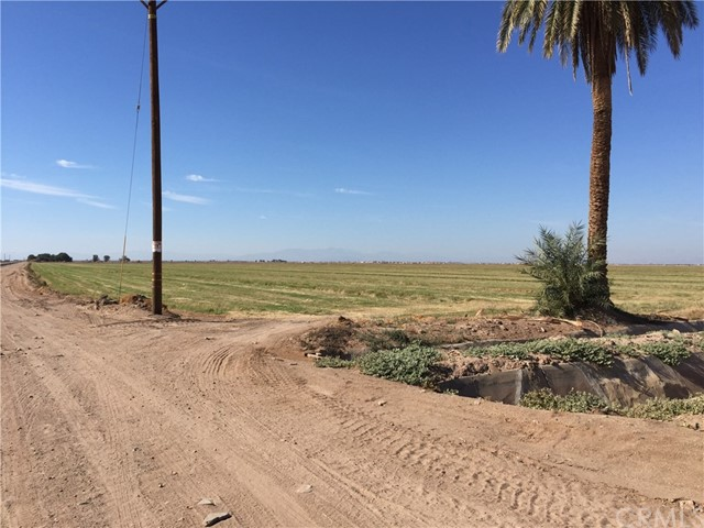 Land for Sale at 78 .59(Acres) Hwy 111& Lindsey Road Calipatria, California United States