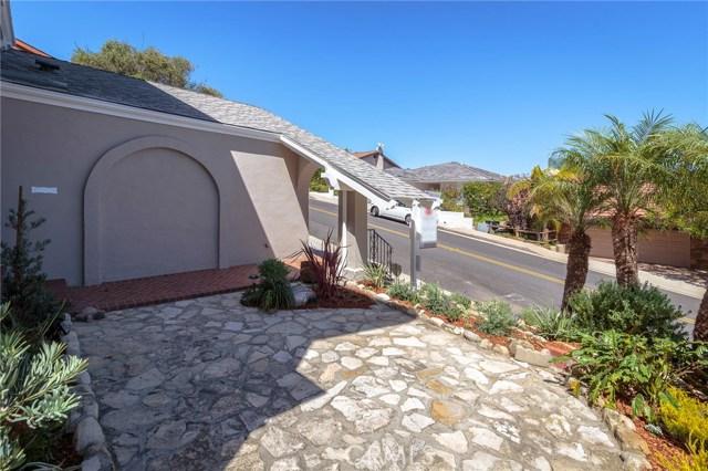 3930 Paseo De Las Tortugas, Torrance CA: http://media.crmls.org/medias/053699cb-0df2-4669-8524-ca98b4746ff1.jpg