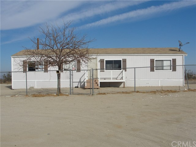 Residential for Sale at 4984 Bonanza Road 4984 Bonanza Road Phelan, California 92371 United States