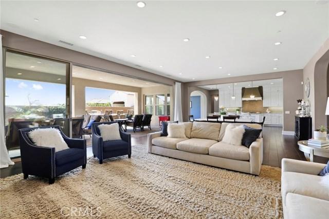 独户住宅 为 销售 在 815 N Landa Way Brea, 加利福尼亚州 92821 美国
