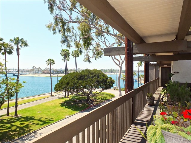 5318 Marina Pacifica Dr, Long Beach, CA 90803 Photo 4