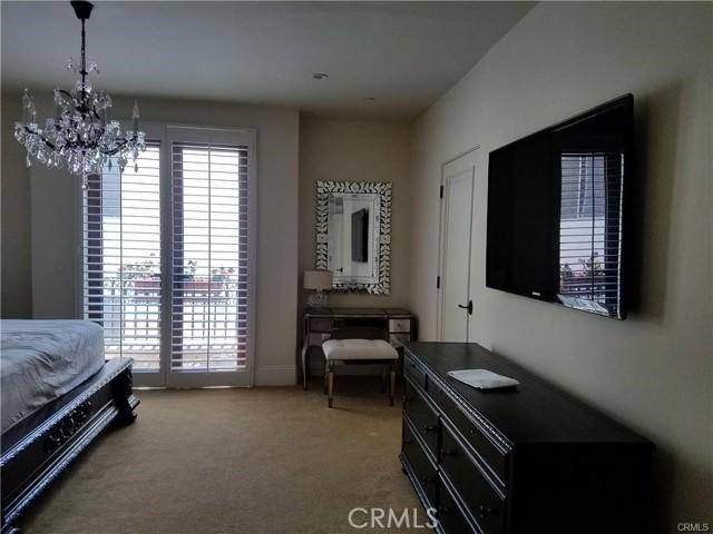 140 S Oakhurst Drive, Beverly Hills CA: http://media.crmls.org/medias/055380d5-f6c4-4ca9-b327-3a8713716ed1.jpg