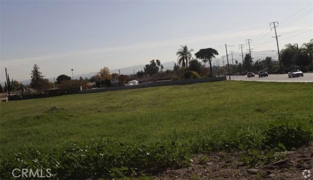 Single Family for Sale at 6909 Victoria Avenue Highland, California 92346 United States