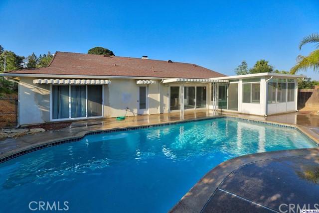 17622 Arvida Drive, Granada Hills CA: http://media.crmls.org/medias/057e5bee-3746-405a-af59-2b71111e8046.jpg