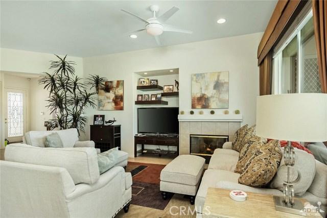 80561 Knightswood Road, Indio CA: http://media.crmls.org/medias/057fdcfd-16e5-469c-bda4-35ef48910687.jpg
