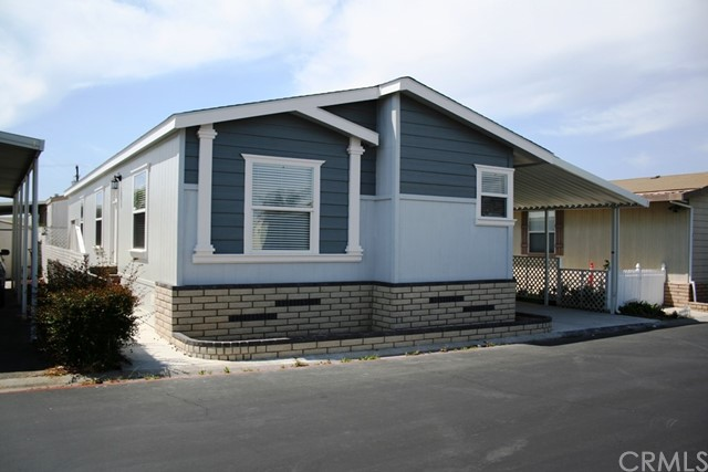 Single Family for Sale at 7850 Slater Huntington Beach, California 92647 United States