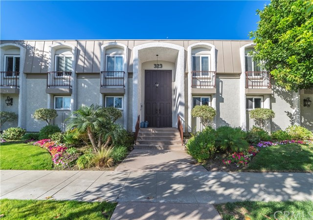 323 S Broadway, Redondo Beach in Los Angeles County, CA 90277 Home for Sale