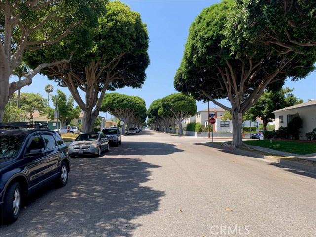 2110 Oak St, Santa Monica, CA 90405