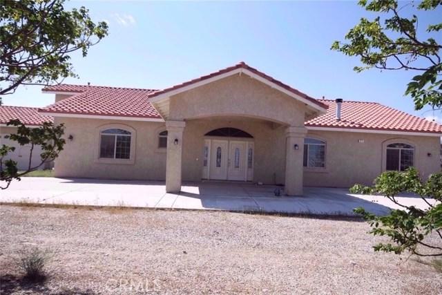 Single Family Home for Sale at 825 La Mesa Road Pinon Hills, California 92372 United States