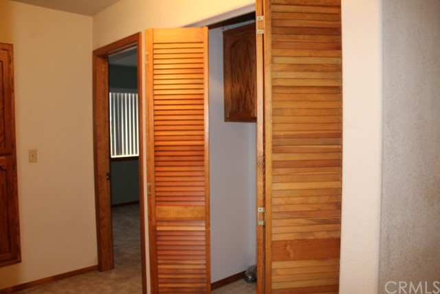 1250 E Alpinview Drive, Big Bear CA: http://media.crmls.org/medias/05b2e27c-46c9-4cb4-9c46-65fa276b3bc8.jpg