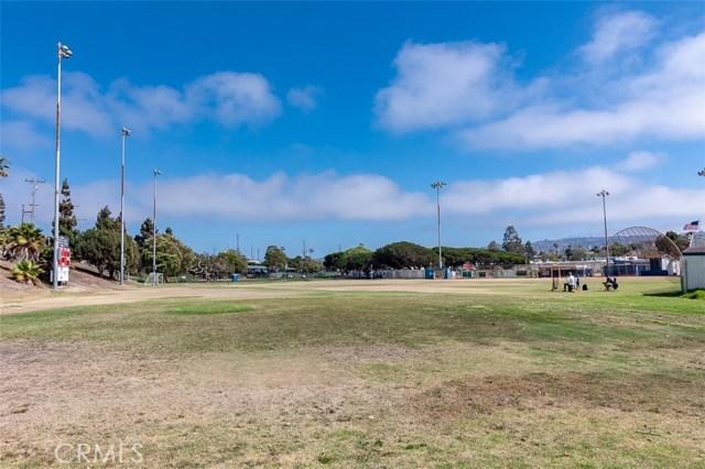 902 Camino Real, Redondo Beach CA: http://media.crmls.org/medias/05b6b3c1-30e5-4c63-a4d5-4567710f9c95.jpg