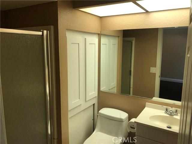 22749 Lakeway Drive, Los Angeles, California 91765, 2 Bedrooms Bedrooms, ,2 BathroomsBathrooms,Condominium,For sale,Lakeway,CV20256623