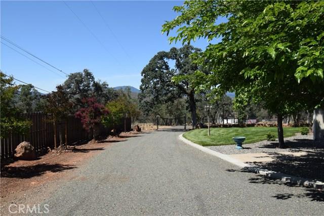 21126 Yankee Valley Road, Hidden Valley Lake CA: http://media.crmls.org/medias/05b840ef-a4b8-4177-b91b-5febcf860fdc.jpg