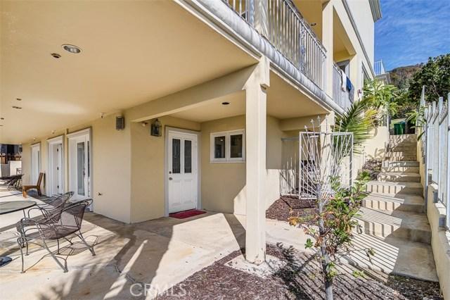 31365 Monterey Street, Laguna Beach CA: http://media.crmls.org/medias/05c2b9a7-2fd7-40ca-a78c-c9fe1ca50820.jpg