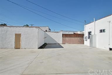 1630 W Gage Avenue Los Angeles, CA 90047 - MLS #: DW18148689