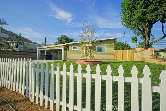 6555 Lemon Grove Avenue, Riverside CA: http://media.crmls.org/medias/05c90220-e835-497a-adaa-3969beb57a89.jpg