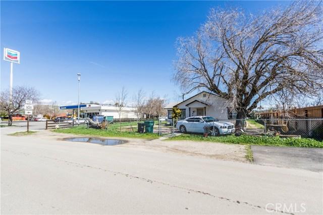 976 K Street, San Miguel CA: http://media.crmls.org/medias/05c92a50-4b8e-45cc-a651-979cb47f6b7d.jpg