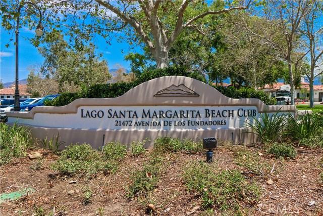 19 Via Honesto, Rancho Santa Margarita CA: http://media.crmls.org/medias/05cb0d1c-804a-4204-bde0-1df75ec647b8.jpg