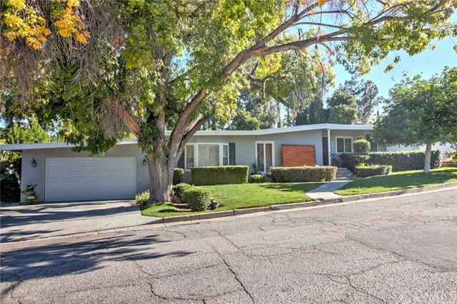 Photo of 1361 Monterey Street, Redlands, CA 92373