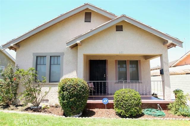 601 W 74th Street, Los Angeles CA: http://media.crmls.org/medias/05d36098-83a5-4c77-8474-812d4d46cdea.jpg