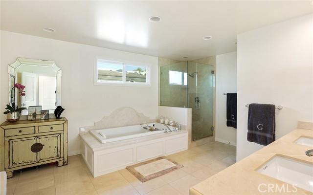 Via Lido Soud, Newport Beach, California 92663, 4 Bedrooms Bedrooms, ,2 BathroomsBathrooms,Single Family Residence,For Sale,Via Lido Soud,NP21036310