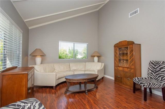 22916 Avenue Valley Verde 7, Laguna Hills CA: http://media.crmls.org/medias/05d71ec3-96fb-4f58-867a-84ac151ea655.jpg