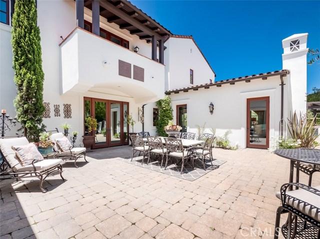 15 Via Conocido, San Clemente CA: http://media.crmls.org/medias/05dc63ea-a35f-48f7-9869-6d784df38c78.jpg