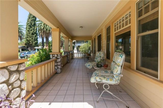 3601 Linwood Place, Riverside CA: http://media.crmls.org/medias/05f8ea78-3178-47e6-adf2-5fe943e7c6ea.jpg