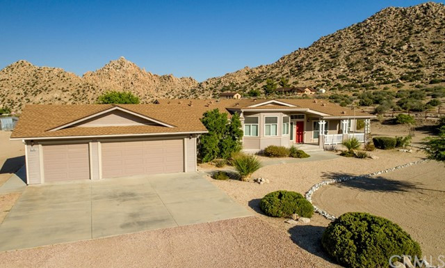 5585 Roy Rogers Rd, Pioneertown, CA 92268 Photo