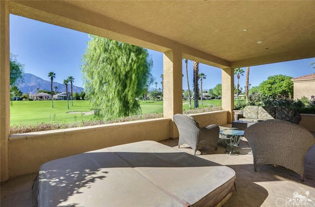 29593 Sandy Court, Cathedral City CA: http://media.crmls.org/medias/0608bfa3-aab9-4400-8dea-d4f71f033686.jpg