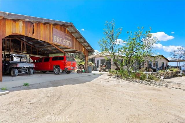 39000 Highway 79, Warner Springs CA: http://media.crmls.org/medias/061bbc17-7193-4020-8398-135e4759700e.jpg