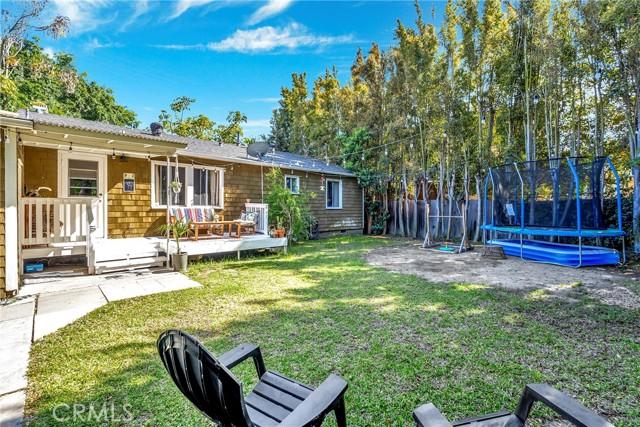 2133 Orange, Costa Mesa CA: http://media.crmls.org/medias/061d0c2f-f973-480e-be87-b2fd71e48c19.jpg
