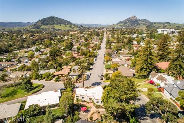 302 Buena Vista Avenue, San Luis Obispo CA: http://media.crmls.org/medias/0620cfa0-b567-42e0-b6a0-2fe733bc9e8c.jpg