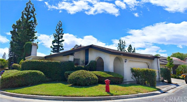 1898 W Surf Drive Anaheim, CA 92801 is listed for sale as MLS Listing PW17161653
