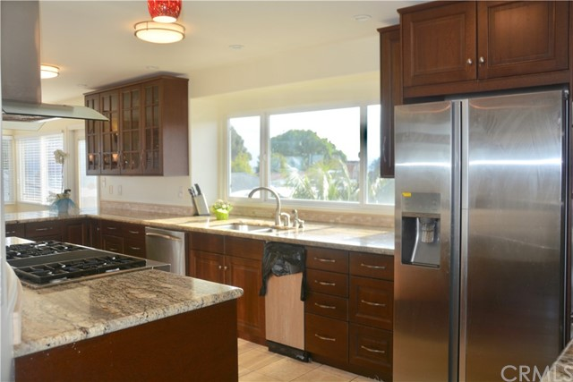 3405 S Patton Avenue, San Pedro CA: http://media.crmls.org/medias/06248973-ec8e-4676-a5d5-13c9179b1e63.jpg