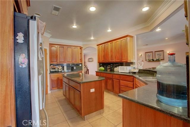8777 Blossom Avenue, Dos Palos CA: http://media.crmls.org/medias/0624b468-2088-4580-8b13-00255cf3a750.jpg