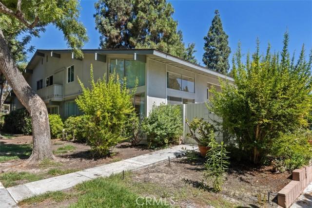 342 Avenida Sevilla, Laguna Woods CA: http://media.crmls.org/medias/06279b90-07c9-4484-b814-020422c6c612.jpg