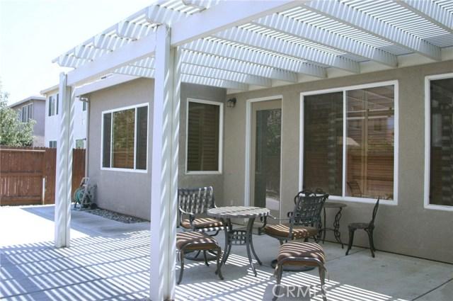 2156 Naples Court, Los Banos CA: http://media.crmls.org/medias/062a5f6f-7181-4e9e-96e3-3737e939bee3.jpg