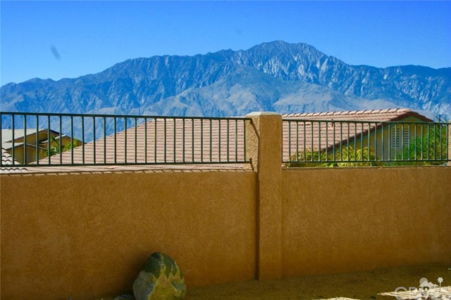 65119 South Cliff Circle, Desert Hot Springs CA: http://media.crmls.org/medias/062a920a-72d2-49cf-b59b-6839f6eaf065.jpg
