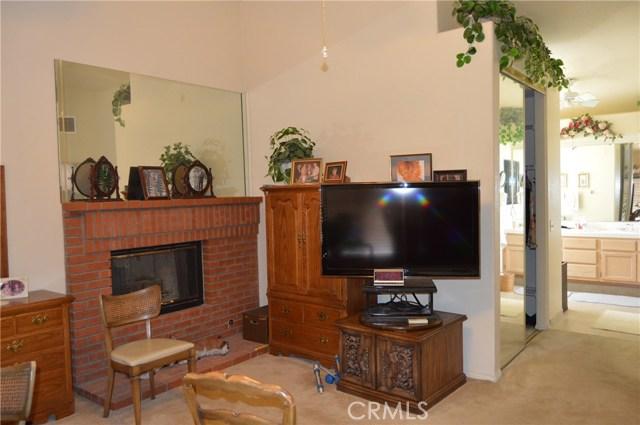 35610 Balsam Street, Wildomar CA: http://media.crmls.org/medias/062fbe8a-8387-422c-94e3-8732bd8de381.jpg