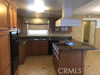 10841 Endicott Drive, Riverside CA: http://media.crmls.org/medias/0638cf82-44c5-4969-9257-13312345796c.jpg
