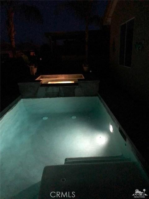 49570 Douglas Street, Indio CA: http://media.crmls.org/medias/063b8d69-ea79-439a-883a-7a9e728d8243.jpg