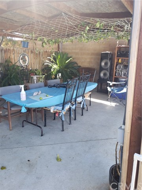 13815 Pheasant Knoll Lane, Moreno Valley CA: http://media.crmls.org/medias/0640d337-fa60-4808-b2b4-5c6aa8eda6c3.jpg