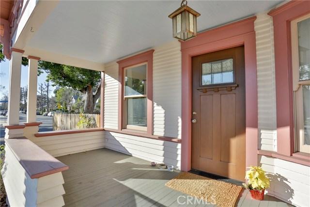 407 San Francisco Avenue, Pomona CA: http://media.crmls.org/medias/0641014d-0fb9-45b9-81d5-19c3472e5b02.jpg